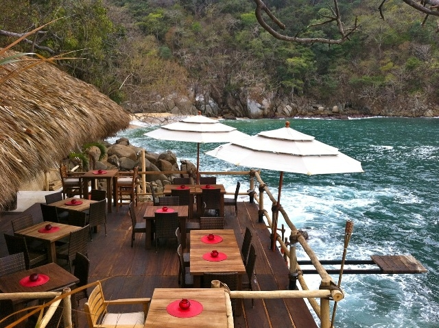 ocean-grill-restaurant-beach-club