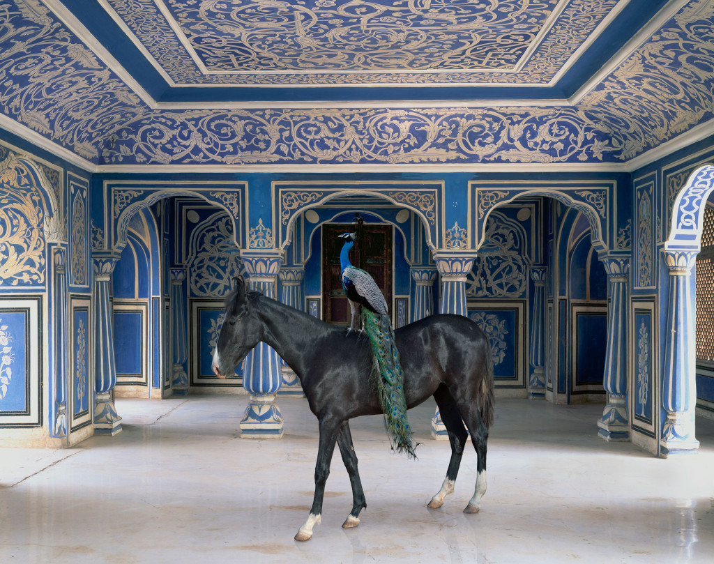 big2_karen_knorr_sikanders-entrance